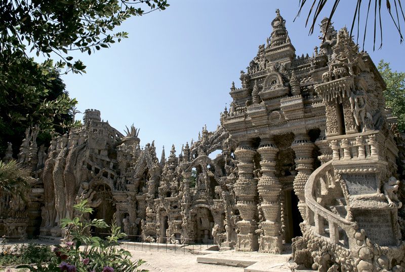 Идеальный дворец Шеваля во Франции. Фото