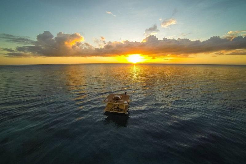 Манта Резорт – необычный отель с подводным номером. Фото