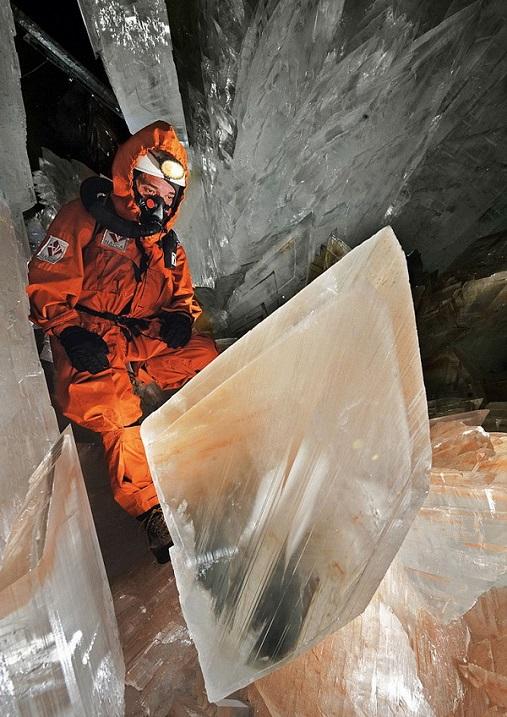 Пещера гигантских кристаллов в Мексике. Фото