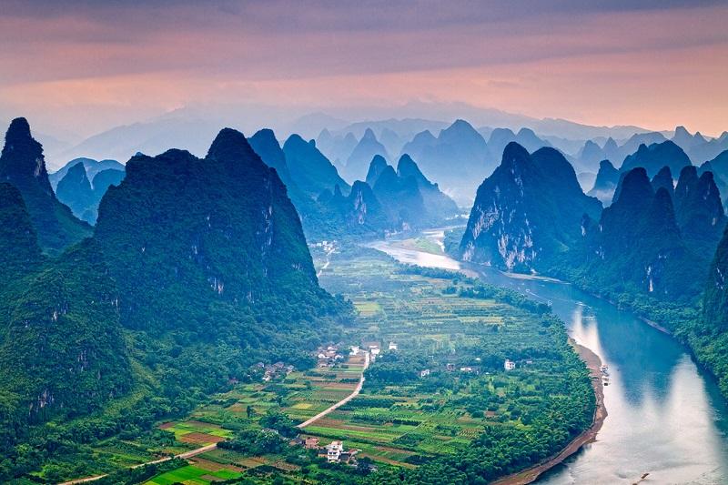 Живописная река Ли в Китае.