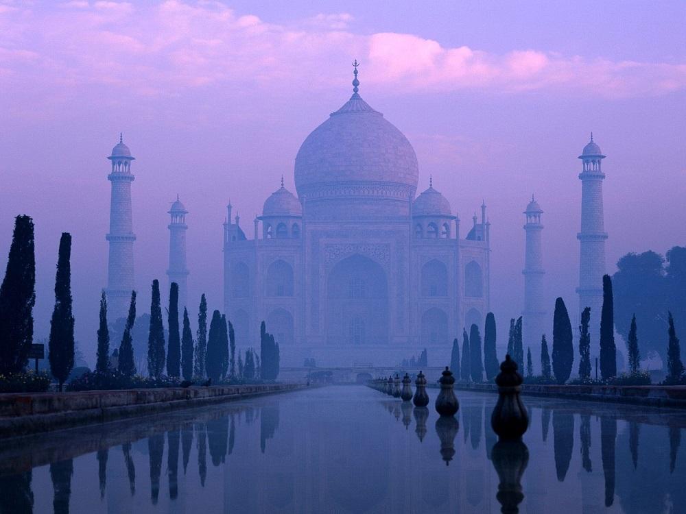 Таинственный Тадж-Махал, Индия. Фото дня