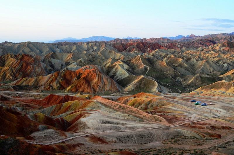Удивительные цветные горы Чжанъе-данься в Китае | Путешествия ... | 529x800