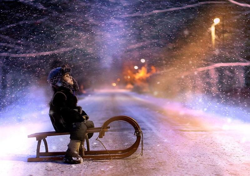 Картинки по запросу Деревенская идиллия в зимних фотографиях Елены Шумиловой