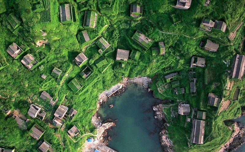 Рыбацкая деревня в Китае, проигравшая схватку с природой. Фото