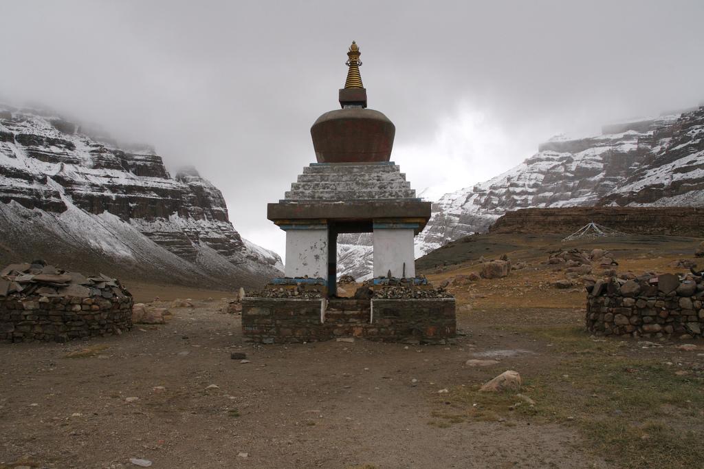 Священная гора Кайлаш, Тибет, фото Священная гора Кайлас, Тибет (легенды, 29 фото, видео) Священная гора Кайлас, Тибет (легенды, 29 фото, видео) 14  20 D0 9F D0 B0 D1 80 D0 B8 D0 BA D1 80 D0 B0 D0 BC D0 B0  20 D0 9A D0 B0 D0 B9 D0 BB D0 B0 D1 81