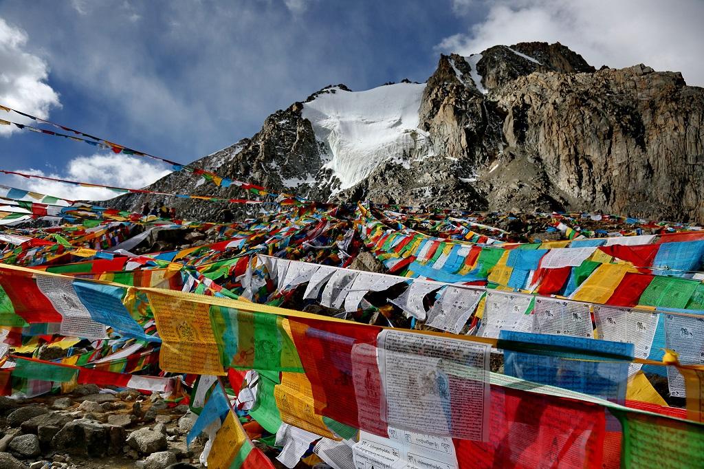 Священная гора Кайлас, Тибет (легенды, 29 фото, видео) Священная гора Кайлас, Тибет (легенды, 29 фото, видео) 25  D0 9A D0 BE D0 BD D0 B8 20 D0 B2 D0 B5 D1 82 D1 80 D0 B0  20 D0 9A D0 B0 D0 B9 D0 BB D0 B0 D1 81