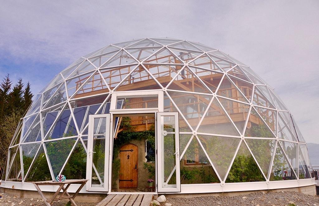 Жизнь под геокуполом – экодом на севере Норвегии. Фото