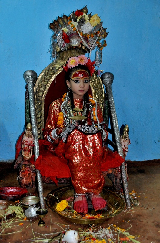 Кумари - живая богиня в Непале и Индии Кумари – живая богиня в Непале и Индии  D0 B1 D0 BE D0 B3 D0 B8 D0 BD D1 8F 20 D0 9A D1 83 D0 BC D0 B0 D1 80 D0 B8 20 D0 94 D0 B5 D0 B2 D0 B8 20 D0 9D D0 B5 D0 BF D0 B0 D0 BB 20 1