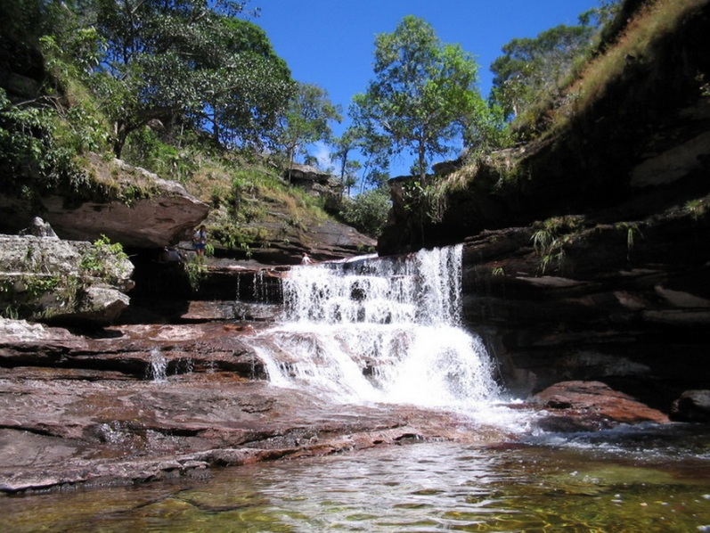 Cachoeira no rio Kanyo cristais.  Foto
