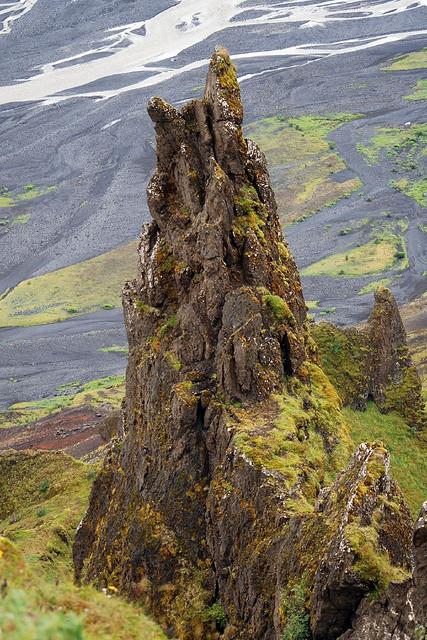 Гора Валахнюкур в долине Торсмёрк. Фото