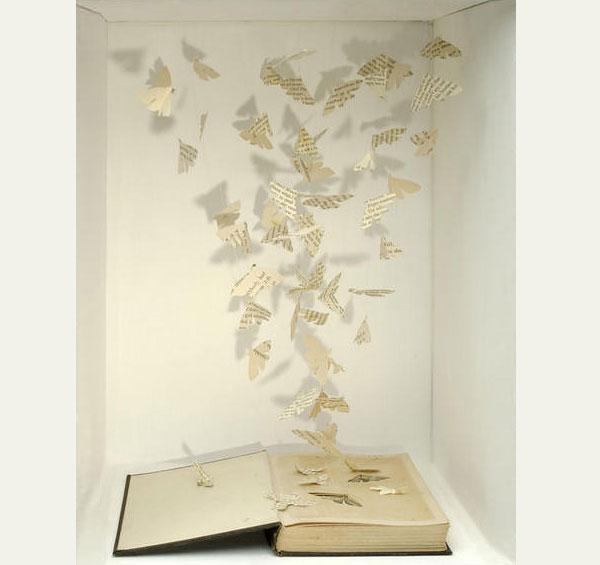 Тихий американец - первая бумажная скульптура Сью Блэквелл. Фото
