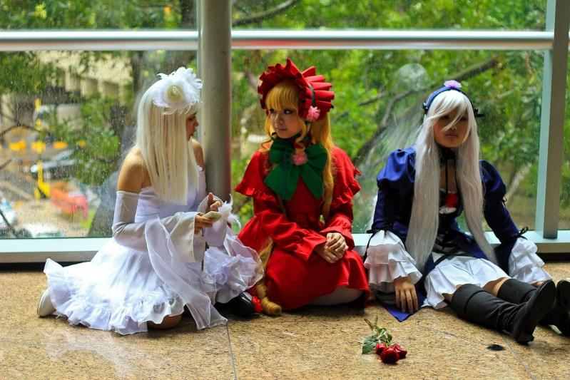 Косплей костюмы. Девушки-куклы. Фото
