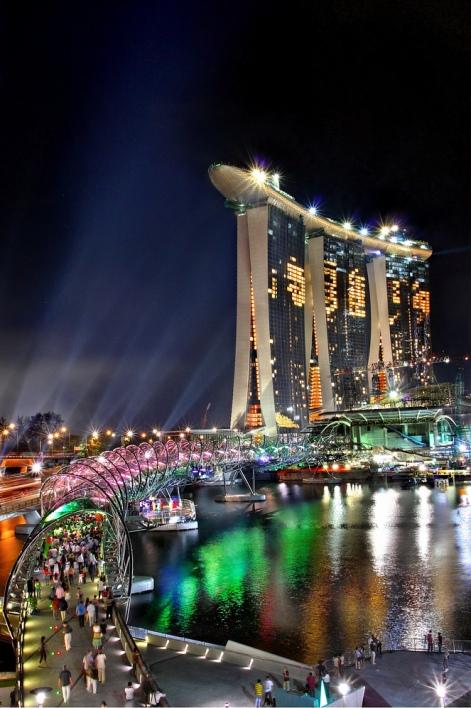 Необычная гостиница в Сингапуре. Marina Bay Sands. Фото
