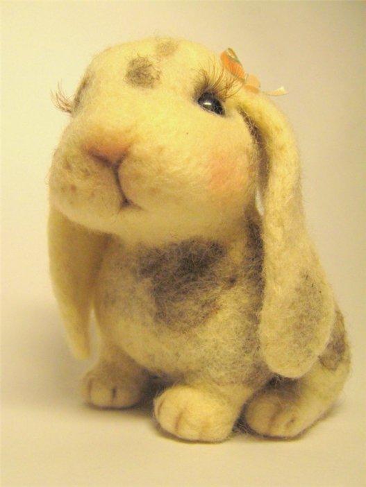 Войлочный кролик. Фото