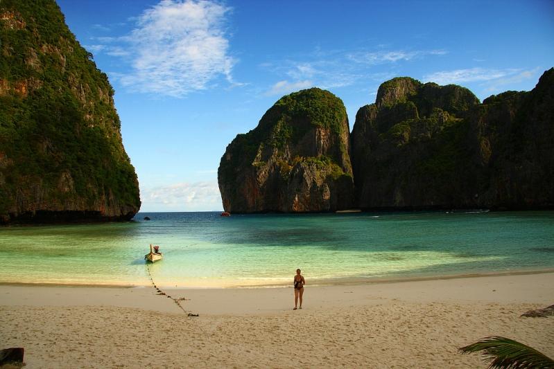 Bay Maya Bay em Phi Phi Ley.  Foto