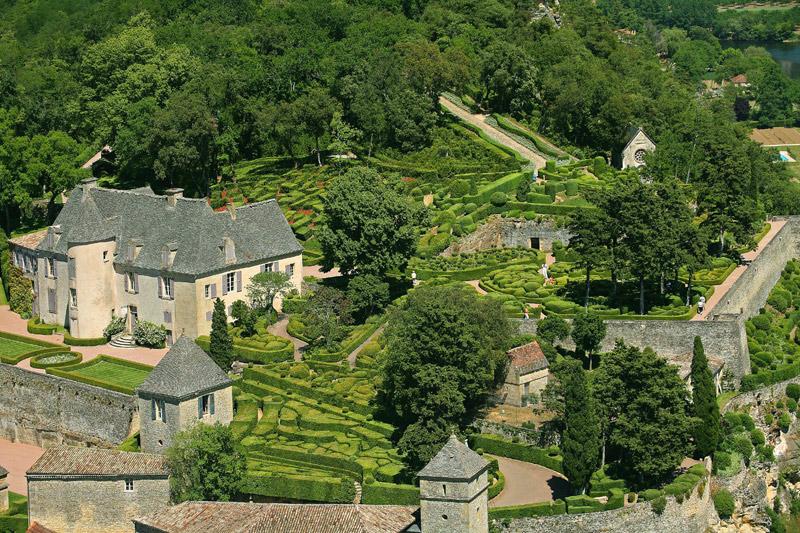 Висячие сады замка Маркизъяк (Франция). Фото