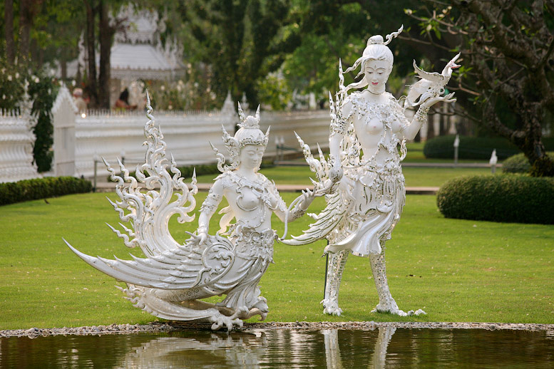 Ват Ронг Кхун (Белый храм), Таиланд. Будда. Фото