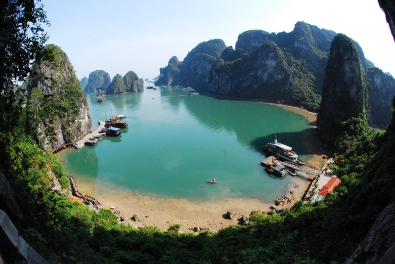 Halong Bay, no Vietnã.  foto