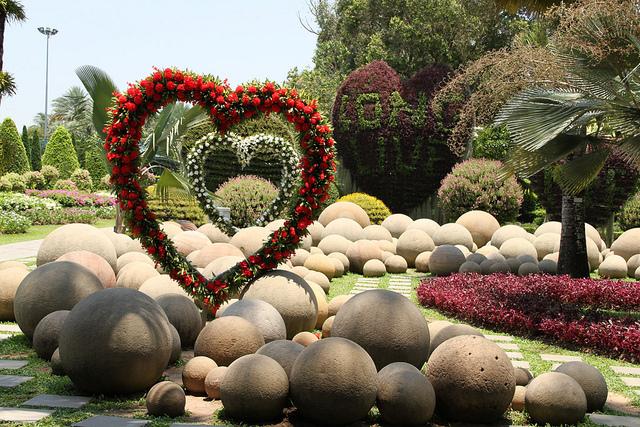 Сад сердец в Парке Нонг Нуч в Таиланде. Фото