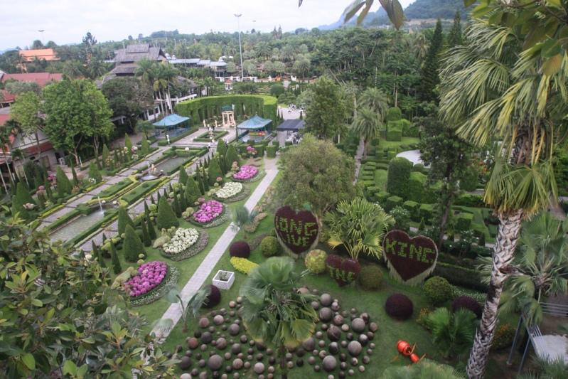 Парк Нонг Нуч в Паттайе. Тайланд. Фото