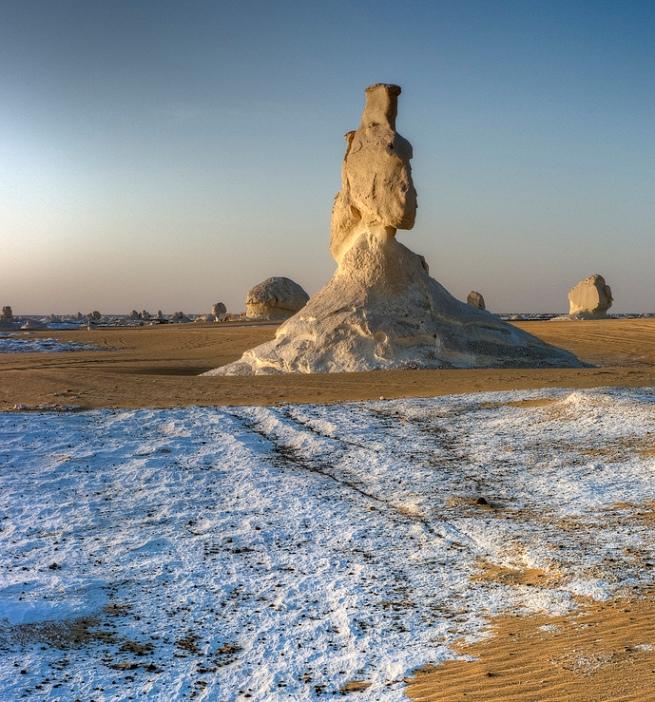 Белая пустыня в Египте. Природные скульптуры Фото