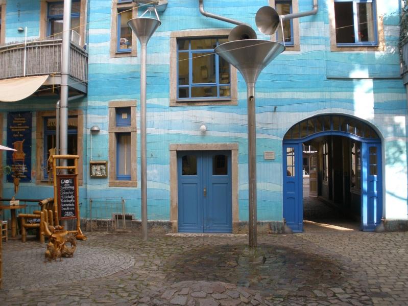 Дом с поющими водосточными трубами в Германии. Фото