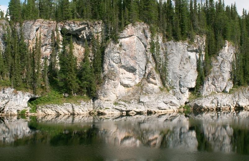 Река Щугор в Печоро-Илычском заповеднике Республики Коми. Фото