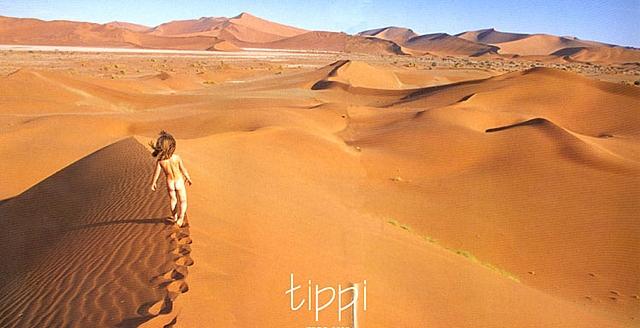 Типпи Дегре в пустыне. Девочка-Маугли в Африке. Фото