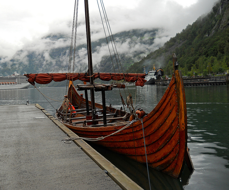 Гейрангер-фьорд и его окрестности. Норвегия. Фото