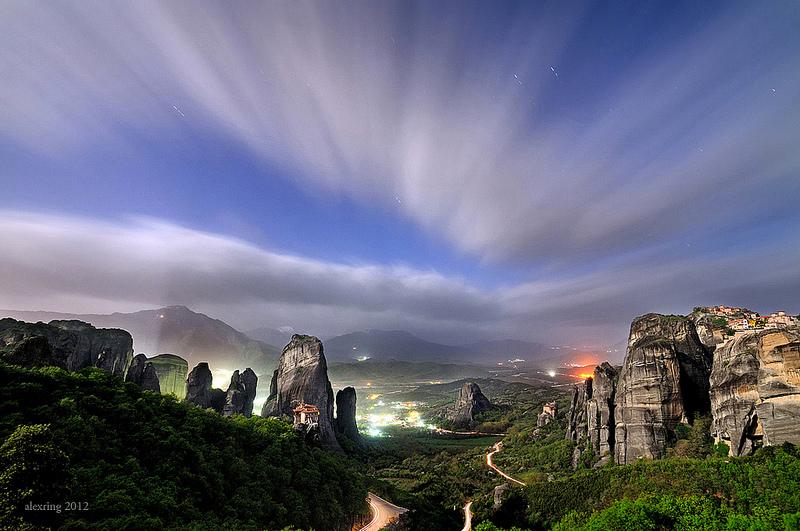 Монастыри Метеоры. Греция. Вечерний вид