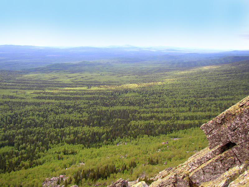 Ви на лес с горы Таганая. Урал. Фото