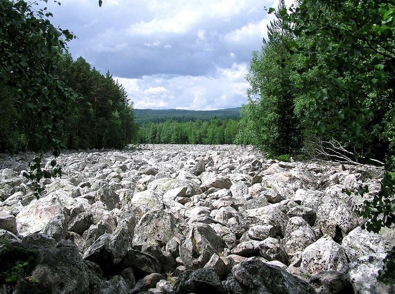 Каменная река. Национальный парк Таганай. Урал. Фото