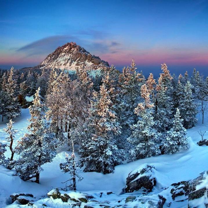 Откликной гребень. Национальный парк Таганай. Фото