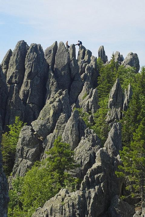 Скалы. Национальный парк Таганай. Фото