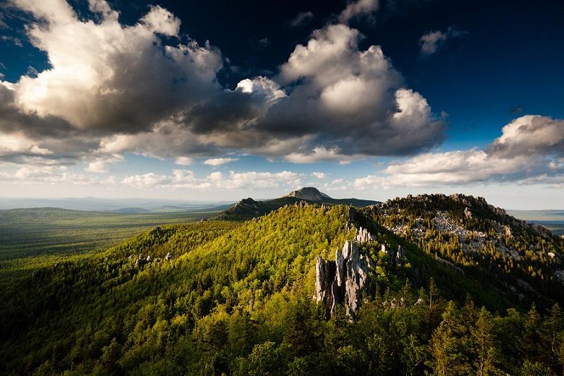 Обзорный вид парка Таганай. Урал. Фото