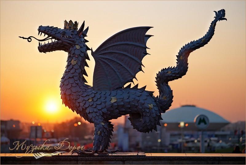 Памятник дракону Зиланту в Казани. Фото