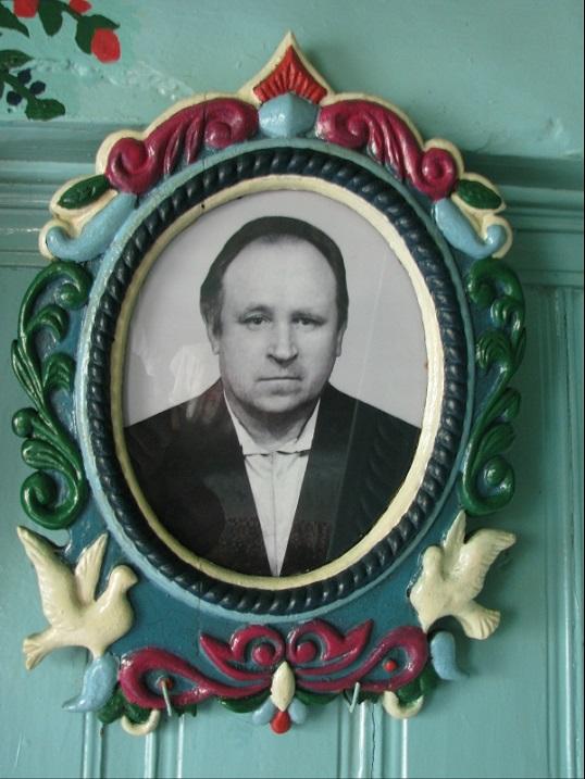 фото кузнеца Кириллова в его доме