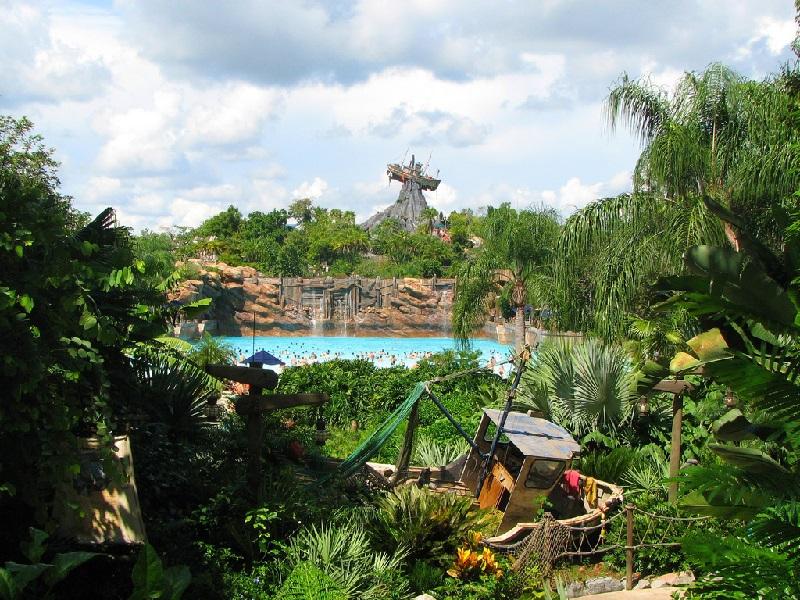 Диснеевский аквапарк Typhoon Lagoon. Фото