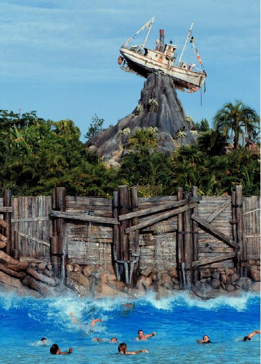 Необычный Диснеевский аквапарк Typhoon Lagoon. Фото