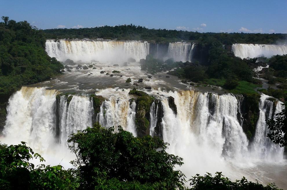 Водопады Игуасу во всей красе