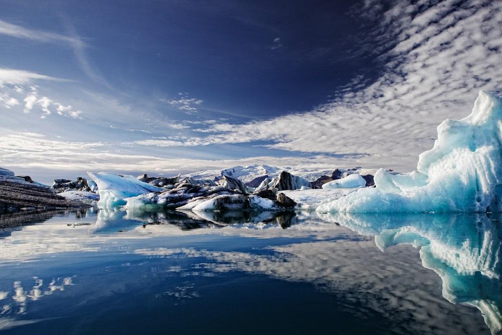 Красивое фото ледникового озера Йокульсарлон в Исландии