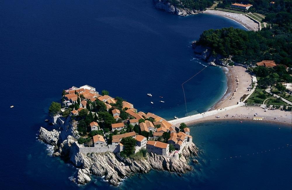 Остров-отель Святой Стефан. Черногория. Фото