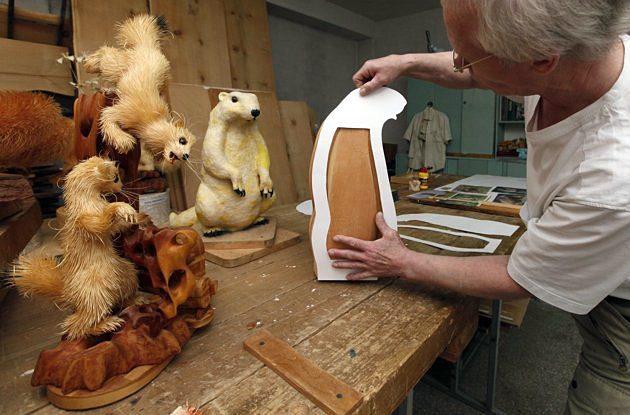 Удивительные скульптуры из стружки Сергея Бобкова. Фото