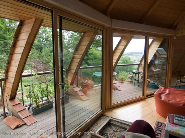 Вращающийся экологичный дом Domespace. Дизайн