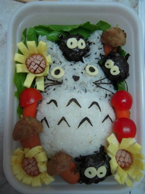 Рисовый Тоторо и чернушки. Фото